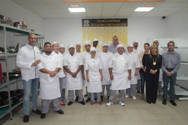El Chef  Germán Blanco, imparte clases magistrales en Microsistemas