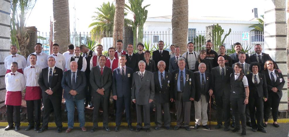 Alumnos de MICROSISTEMAS consiguen el 2º y 3º premio del XXXVII Concurso Insular de Coctelería