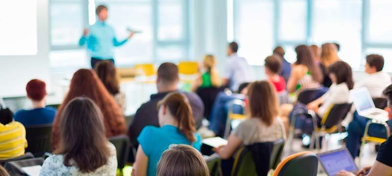 Se necesita docente para impartir curso en Lanzarote y Tenerife